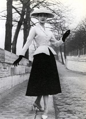 La tendance péplum : petit guide de style Christian Dior Tailleur 1948 92a14