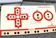 MaKey MaKey : transformez des objets de tous les jours en manettes de jeu