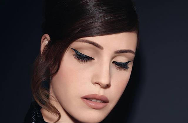 L'eyeliner ergonomique d'Agnès B, est-ce une vraie bonne idée ?
