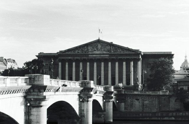 Parité : le drôle de record des législatives 2012