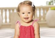Lien permanent vers Une petite fille trisomique devient mannequin-enfant