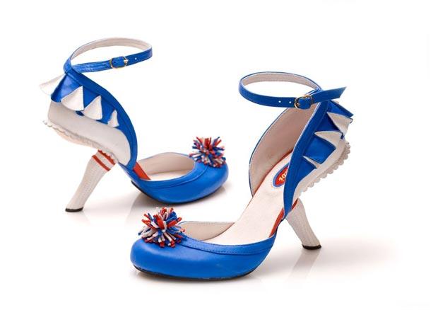 kobi levi blue1 Les chaussures pom pom girl de Kobi Levi