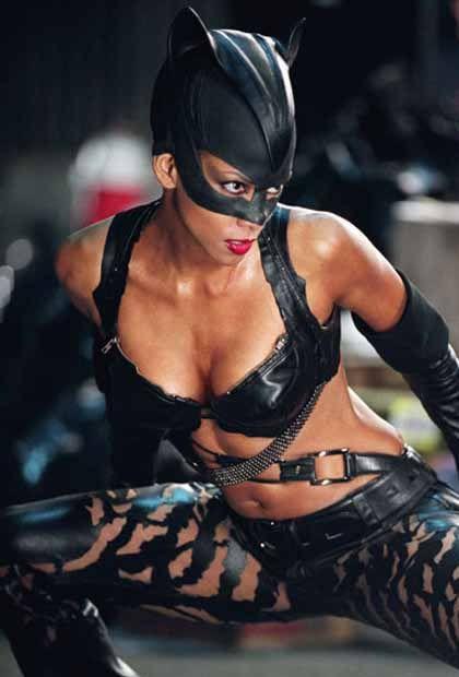 Typologie des tenues de super héroïnes  15