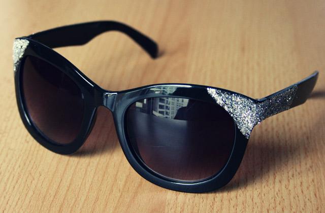 Tuto – Des lunettes à paillettes