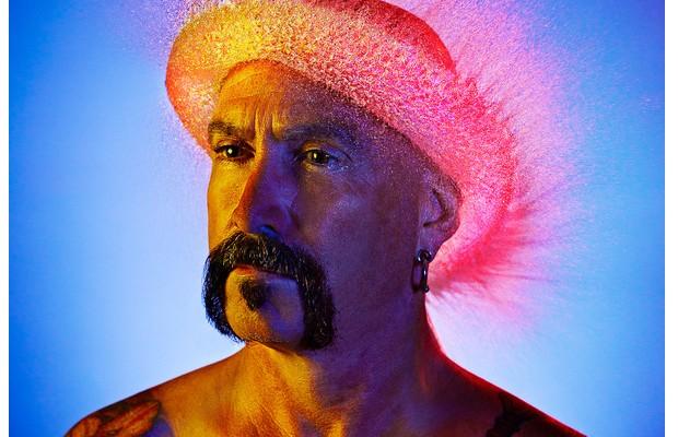 Des perruques en eau immortalisées par un photographe wigs2
