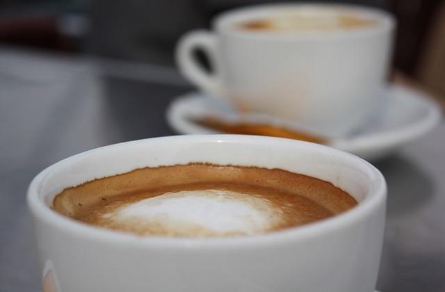 Starbucks t'offre ton café du lundi matin !