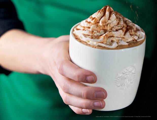 Pumpkin Spice Latte Starbucks toffre une boisson dHalloween !
