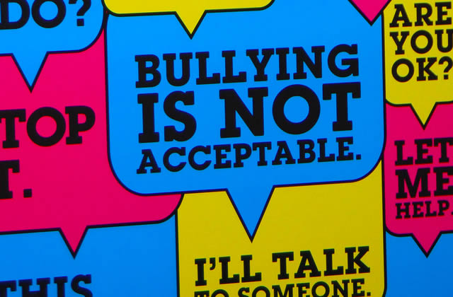 Bullying, harcèlement et intimidations entre jeunes