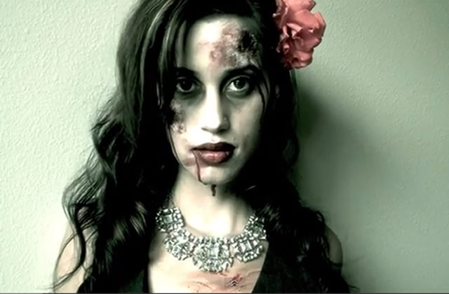 Halloween s lection de tutos beaut effets sp ciaux - Maquillage zombie femme facile ...