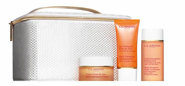 clarins1 Livraison gratuite chez Clarins : 5 cadeaux à offrir pour Noël !