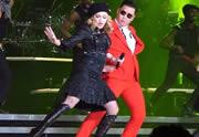 Lien permanent vers Madonna danse le Gangnam Style avec Psy