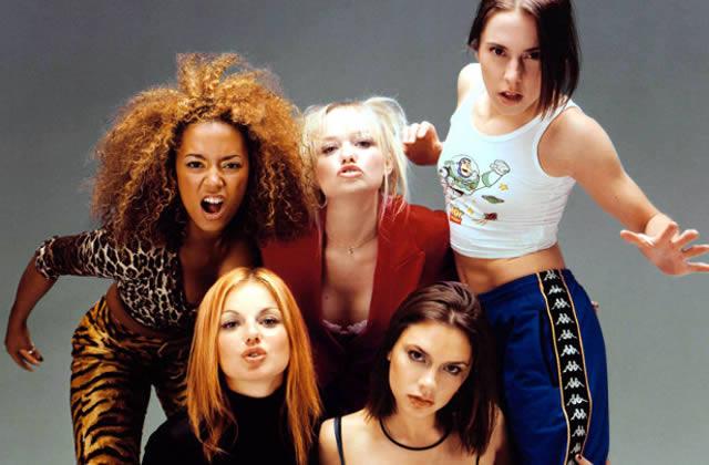 Cinq looks marquants des années 90