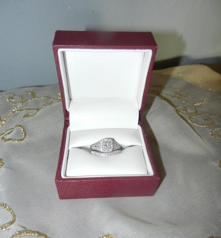 Exboyfriendjewelry : le site pour revendre les bijoux offerts par ton ex bague tarba
