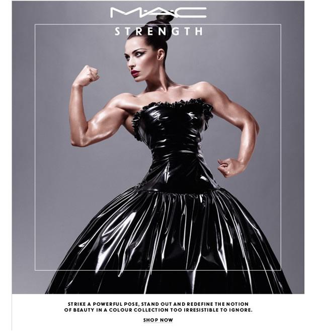 jelenamac Jelena Abbou, égérie MAC et championne de fitness