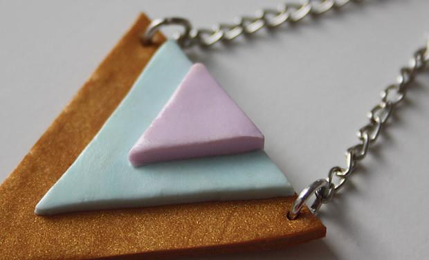 Tuto   Des boucles doreilles triangles aux couleurs toutes douces tutoBO3