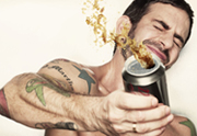 Marc Jacobs x Coca-Cola : les canettes collector !