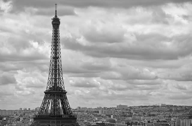 madmoiZelle.com est installé à Paris ! (aidez-nous à décorer !)