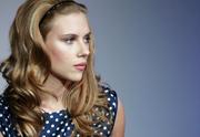 Lien permanent vers Scarlett Johansson monte un groupe de musique !