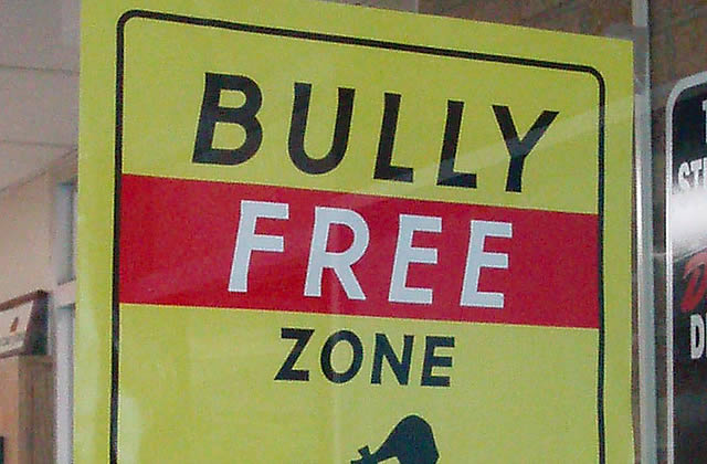 Harcèlement scolaire : y a-t-il des « harceleuses » prêtes à témoigner ?