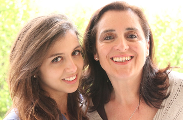 Mère-Fille : Tania, 21 ans, et sa mère Montserrat