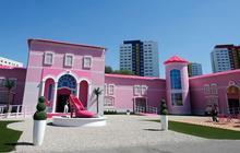 La « Maison Barbie» fait polémique à Berlin — Le Petit Reportage