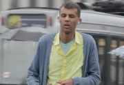 Ivre, Stromae tourne un clip en caméra cachée