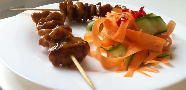 madmoiZelle box «Retour des beaux jours » — Recettes & astuces Salade Brochettes Yakitori