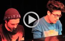 Crackity Flynn joue « ShaQfu » en session acoustique