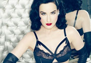 Von Follies, la collection de lingerie de Dita Von Teese