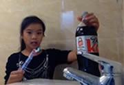 Le gag du Mentos x Coca entre soeurs