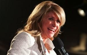 Lien permanent vers Wendy Davis, sénatrice, a discouru pendant 13h pour protéger le droit à l'avortement