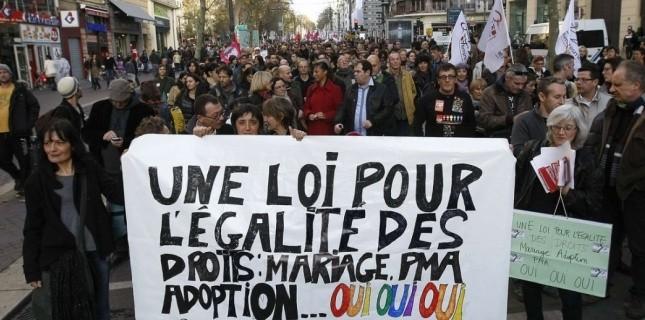 4956197 27 deputes socialistes s opposent a l amendement sur la pma Les Mères Veilleuses, contre la PMA et pour « la filiation humaine » — Le Petit Reportage