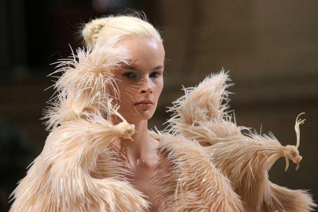 Les robes complètement dingues dIris Van Herpen IrisVanHerpen 4