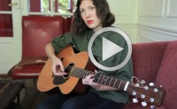 Alela Diane chante « About Farewell » en acoustique