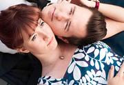 Un couple détourne films et séries pour annoncer leur mariage