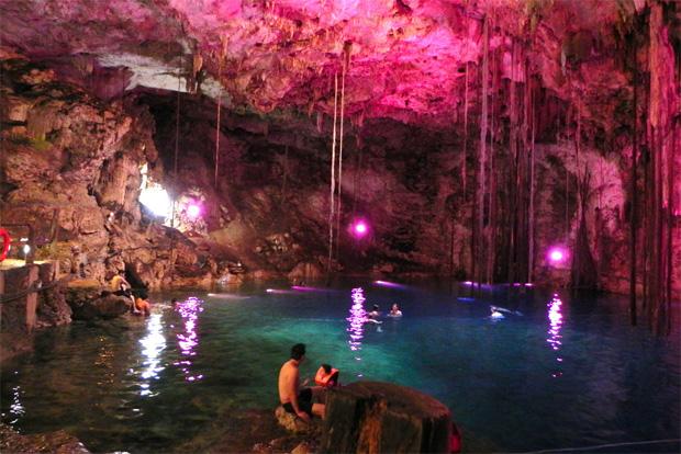 Quatre (autres) endroits un peu fous où aller se baigner cet été  xkeken