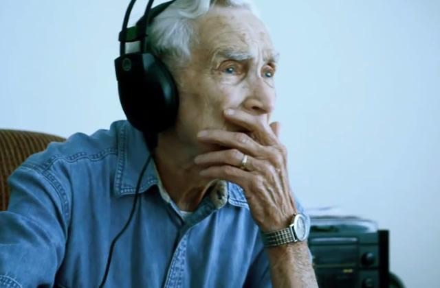 Fred, 96 ans, et sa chanson pour sa femme décédée