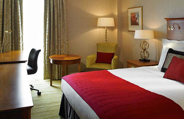 Des réductions pour réserver ton hôtel ! Chambre Hotel