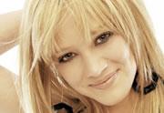 Lien permanent vers Hilary Duff se remet à la musique avec « Chasing The Sun» !