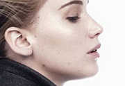 Jennifer Lawrence au naturel pour Dior