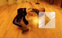 Lindsey Stirling joue « Crystallize » en studio