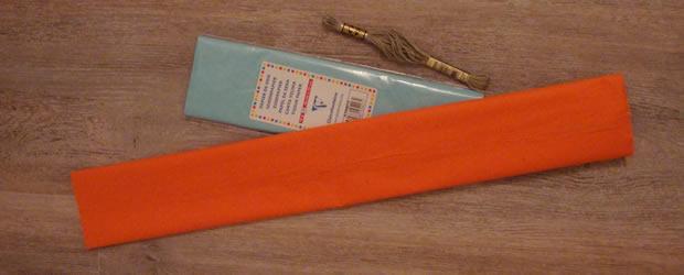 Diy d co des pompons en papier de soie en trois fa ons - Pompon en papier crepon ...
