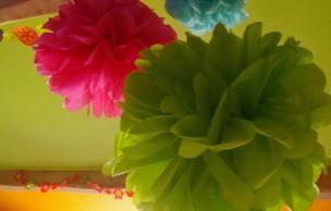 Lien permanent vers DIY déco — Trois types de pompons en papier de soie