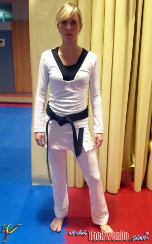 prototype femme taekwondo Taekwondo : bientôt un dobok sexy ?