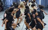 Rick Owens met la diversité à l'honneur dans son défilé parisien
