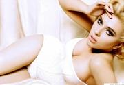 Lien permanent vers Scarlett Johansson est fiancée à un Français !