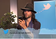 Lien permanent vers Des célébrités lisent des tweets méchants à leur sujet #5
