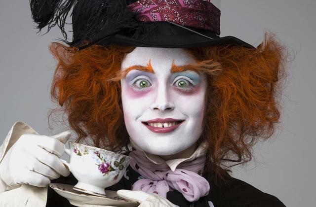 Miss Pandora se déguise en personnages de Tim Burton (et c'est oufissime)