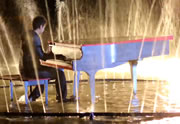 « Radioactive » reprise en mode piano/dubstep dans un lac