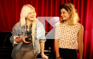 Lien permanent vers Micky Green chante « In Between » en acoustique